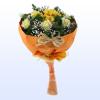 Букет шест рози и хризантема